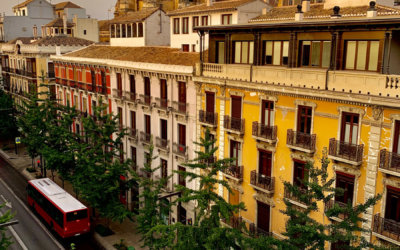 spain-best-cities-granada-roadtrip-oasis-hostel