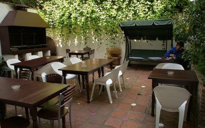 Granada-terrace-oasis